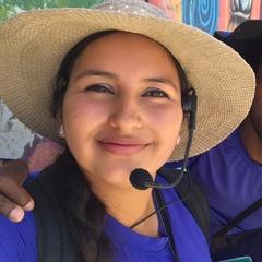 Lizeth Gelpud — Guía del Tour a pie de los graffitis de Comuna 13, Colombia