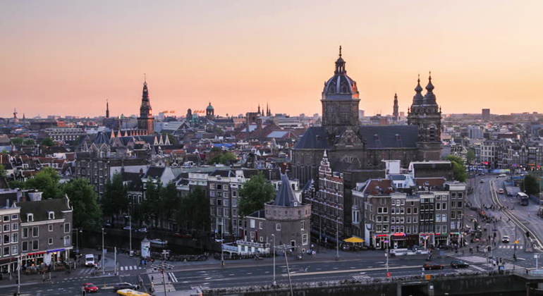 Free Museum Tour Amsterdam Provided by Can You Handle It Tours