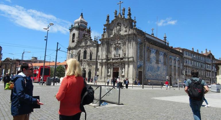 Authentic Oporto Walking Tour Provided by Sun Day Tourism