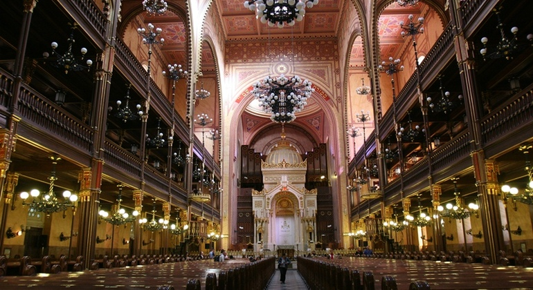 Jewish Heritage Essential tour Provided by Hungaria Koncert