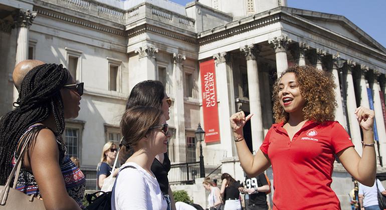 The Original Free Tour of London Operado por SANDEMANs NEW London