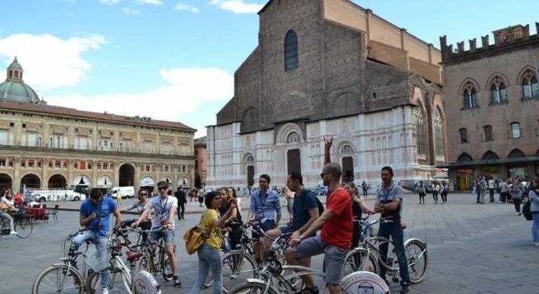 2-Hour Historic Bike Tour of Bologna Italy — #1