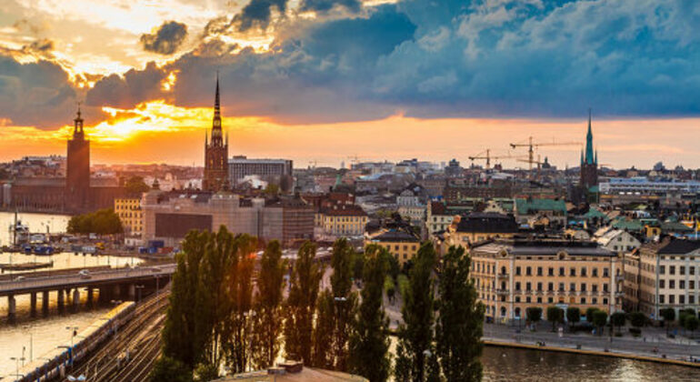 Free Tour Stockholm: Old Town Provided by Rainbow Tours