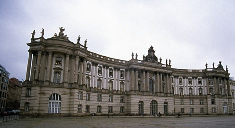 Free Berlin Tour Essential in Spanish Germany — #3