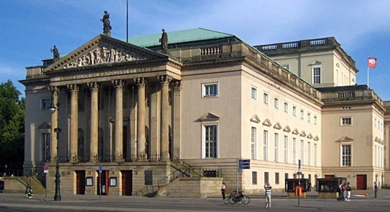 Free Berlin Tour Essential in Spanish Germany — #6