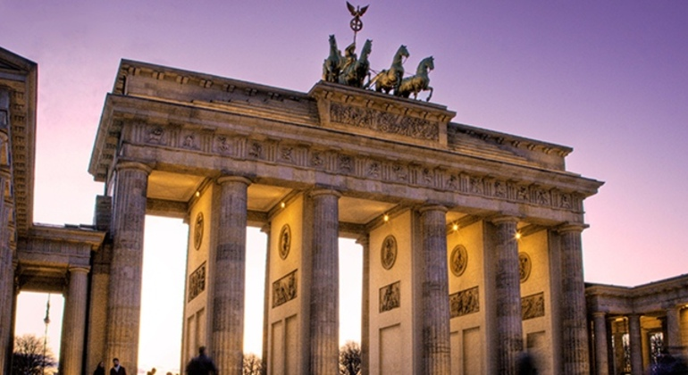 Free Berlin Tour Essential in Spanish Germany — #8