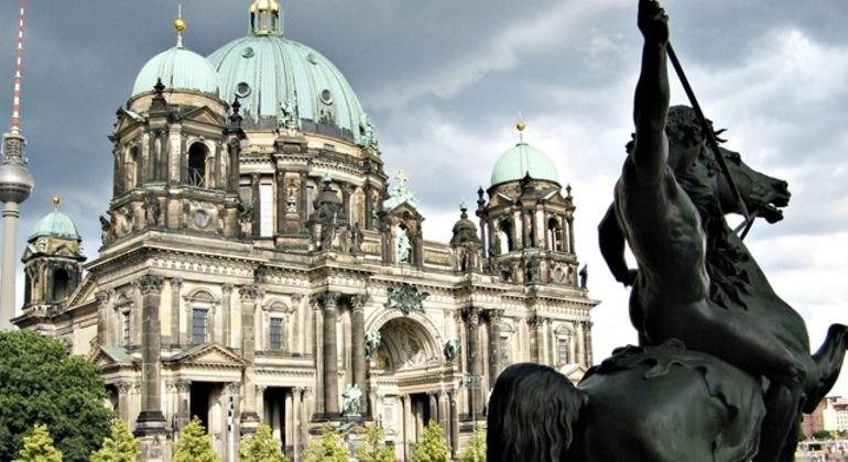 Free Berlin Tour Essential in Spanish Germany — #10