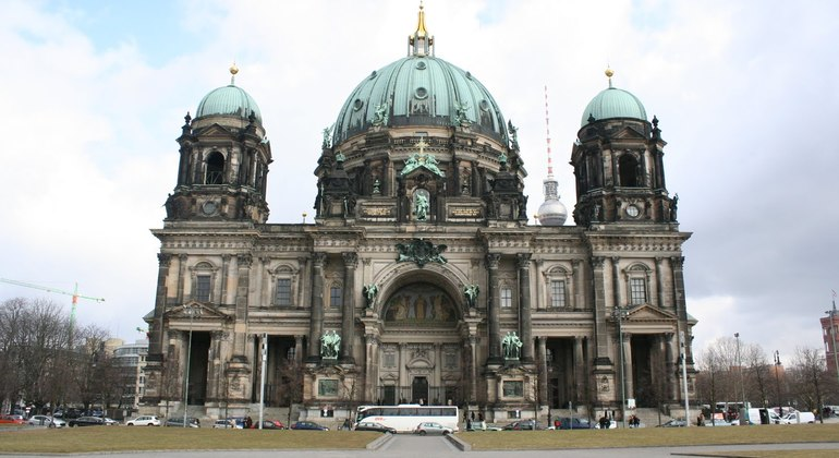 Free Berlin Tour Essential in Spanish Germany — #11