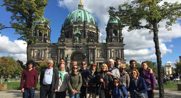 Free Berlin Tour Essential in Spanish Provided by Paseando por Europa S.L