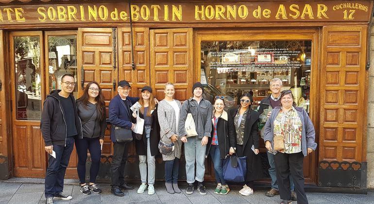 Free Tour Millennial Madrid - Los Austrias, Historical Center Spain — #18