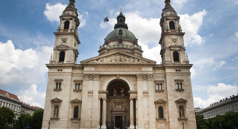 Saint Stephen's Basilica Tour with Tower Access - Budapest | FREETOUR.com