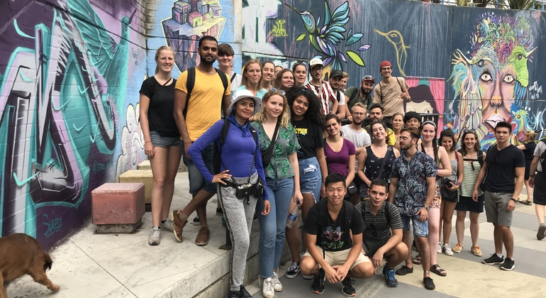 Graffiti Free Zippy Walking Tour Comuna 13 Colombia — #26