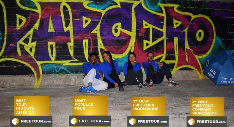 Tour a pie de los graffitis de Comuna 13 Colombia — #2