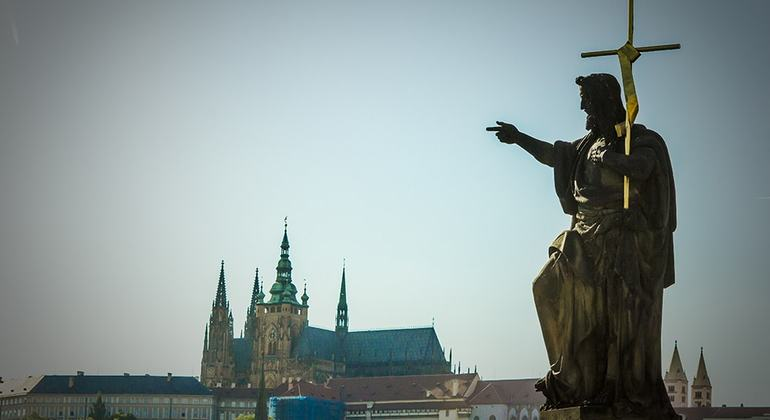 Free Prague Castle Tour Czech Republic — #22