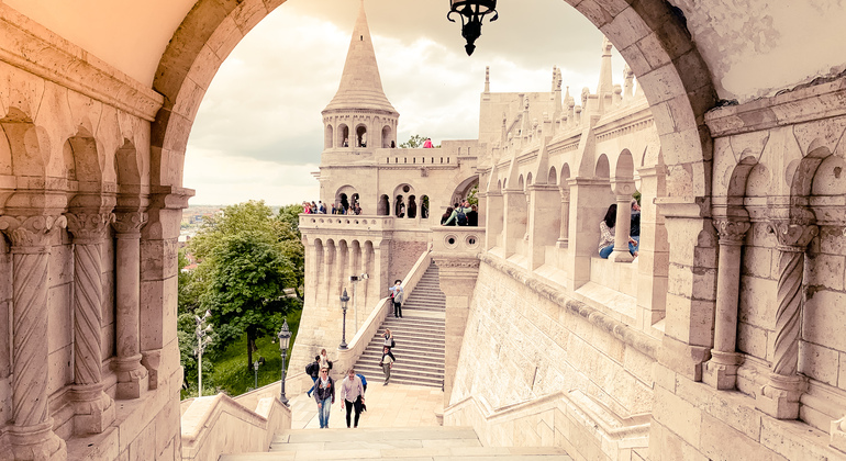 Free Red Budapest Tour Provided by Generation Tours Budapest