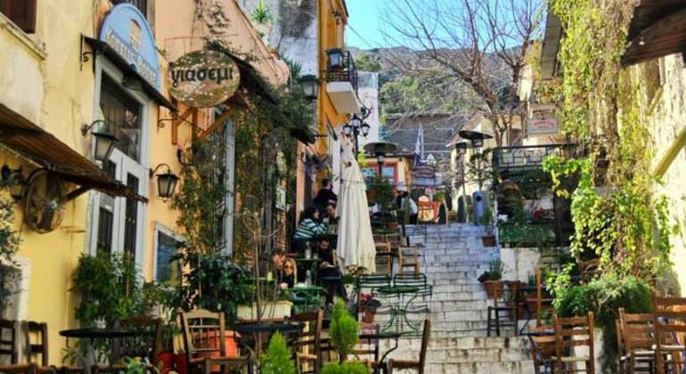 Alternative Free Walking Tour of Athens in Small Groups Provided by Eureka Athens