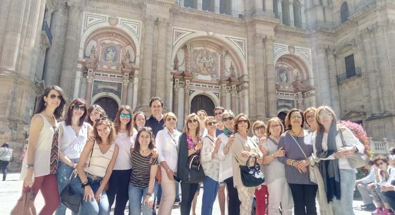 3-hour Private Tour of Malaga with Wine Tasting Provided by Málaga Turismo ES: Visitas guiadas