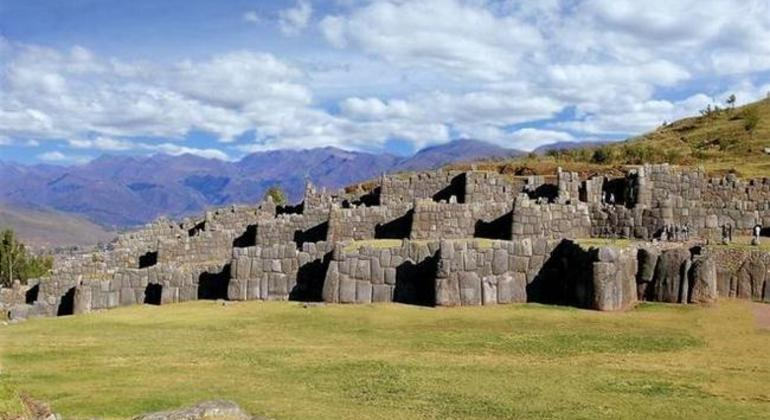 Cusco City Tour by Bus Operado por Machupicchu Nice  Travel Agency