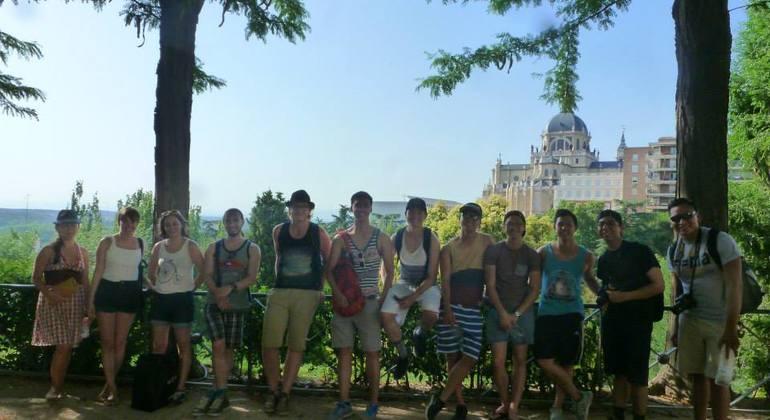 Hemingway Walking Tour Madrid