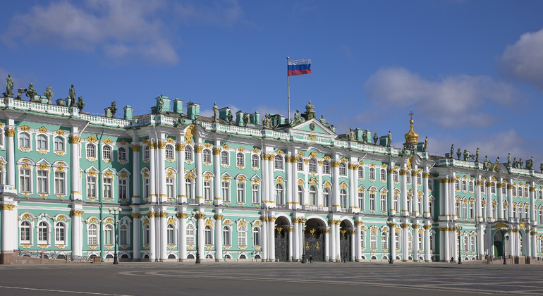 Free tours in st petersburg russia for Tour hermitage