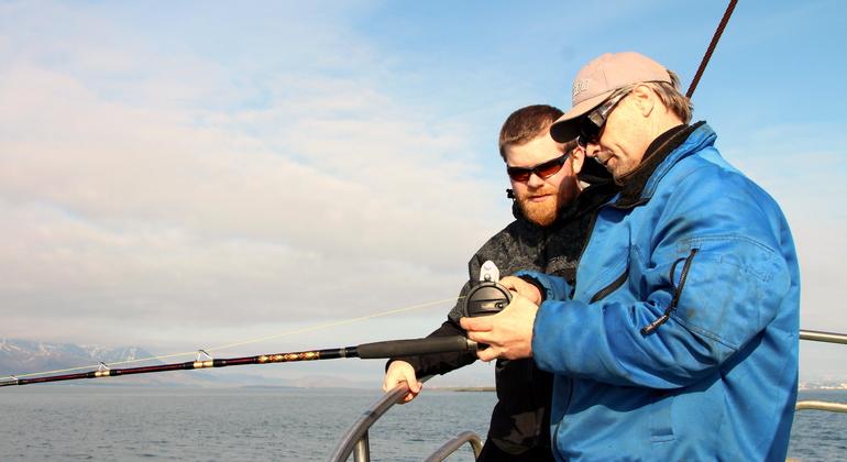 Sea Angling-Fishing Tour from Reykjavik Operado por Happy Tours Iceland