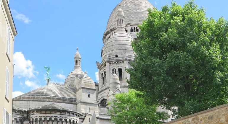 Free Montmartre Tour Provided by Discover Walks - do more