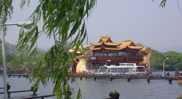 Private Hangzhou Highlights Day Trip from Shanghai Provided by YesTrips Travel Service