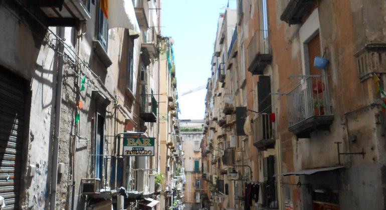 Panorama and Vicoli Free Walking Tour Italy — #13