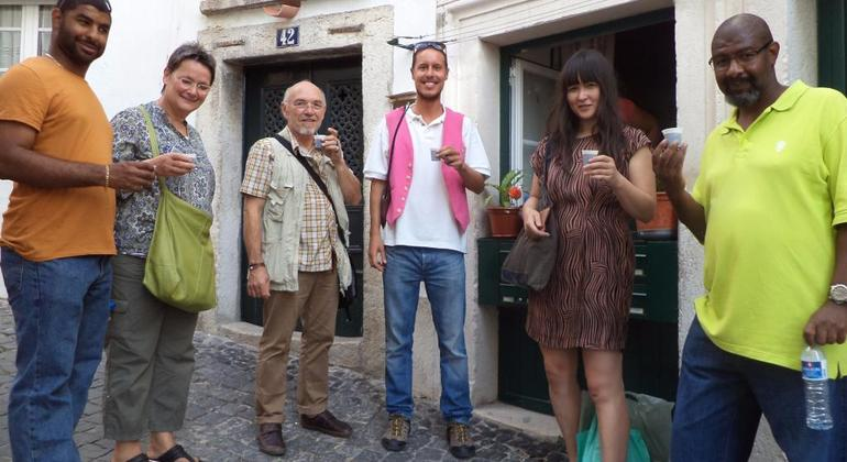 Free Alfama Tour Provided by Discover Walks - do more