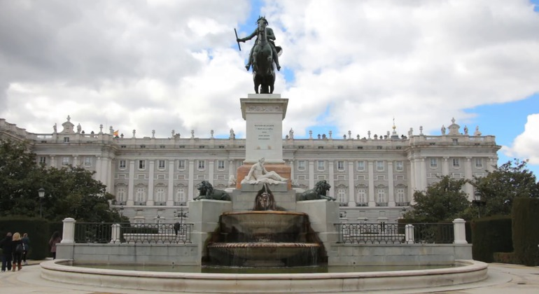Free Tour Madrid Historical Experience Spain — #11