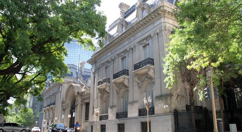 Free Retiro & Recoleta Cemetery Tour Argentina — #7