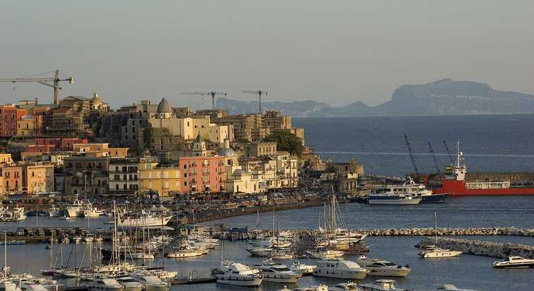 Naples Surprise Free Tour: the Mediterranean Village of Pozzuoli Provided by Free Tour Naples