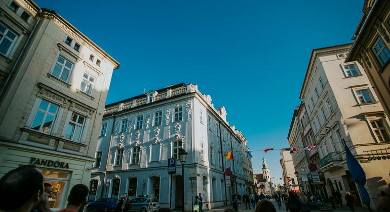 Krakow Old Town Free Walking Tour Poland — #8