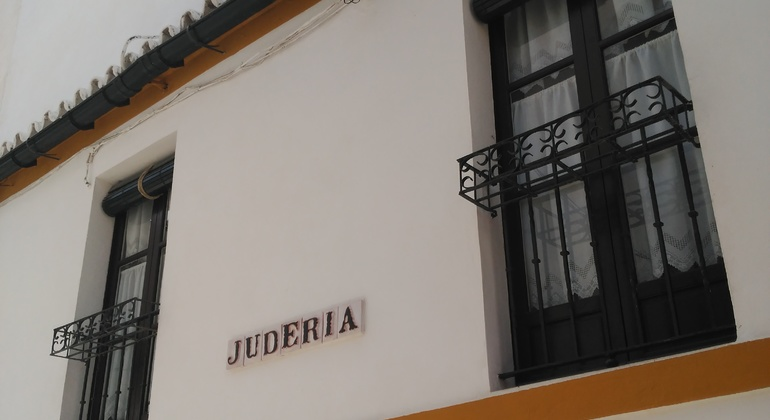 Jewish Quarter Santa Cruz Free Tour Operado por We Are Seville