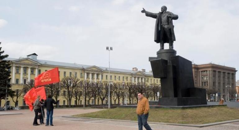 Communist Leningrad Driving Tour Provided by Kirill