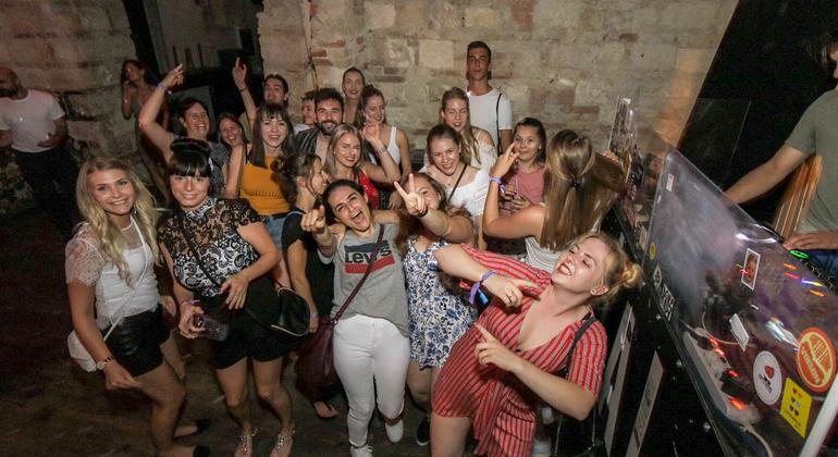 Generation Pub Crawl Budapest Hungary — #28