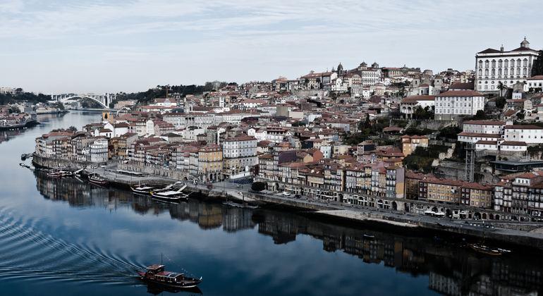 More than a Local Free Tour of Porto Operado por Duarte  Fernandes
