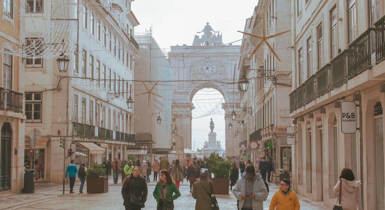 Baixa & Chiado Free Tour Provided by Hi Lisbon Walking Tours