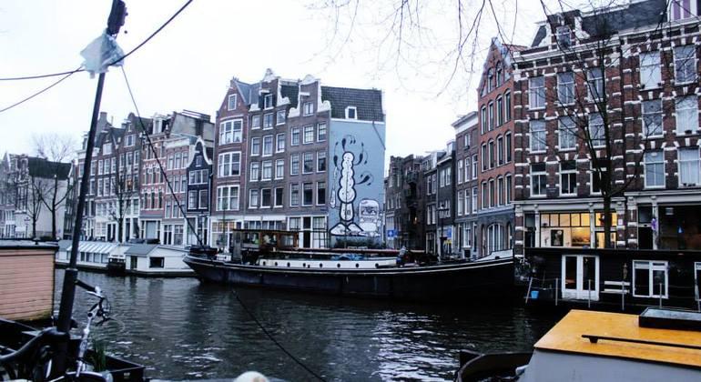 Street Art n Alternative Amsterdam Walking Tour Netherlands — #6