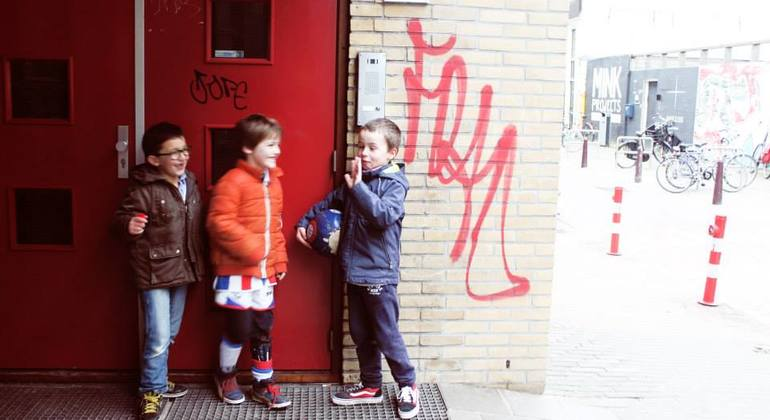 Street Art n Alternative Amsterdam Walking Tour Netherlands — #10