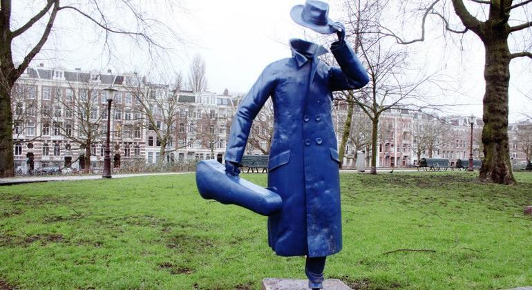 Street Art n Alternative Amsterdam Walking Tour Netherlands — #12