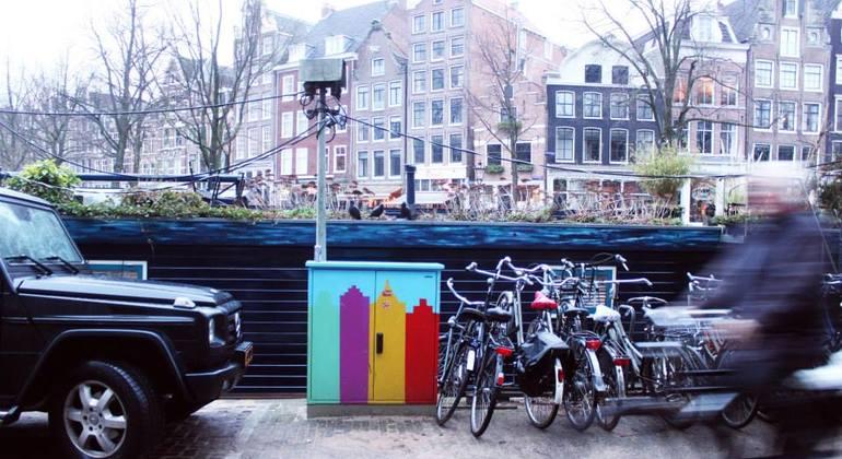 Street Art n Alternative Amsterdam Walking Tour Netherlands — #13