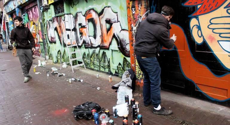 Street Art n Alternative Amsterdam Walking Tour Netherlands — #15