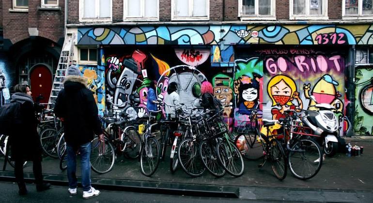Street Art n Alternative Amsterdam Walking Tour Netherlands — #17