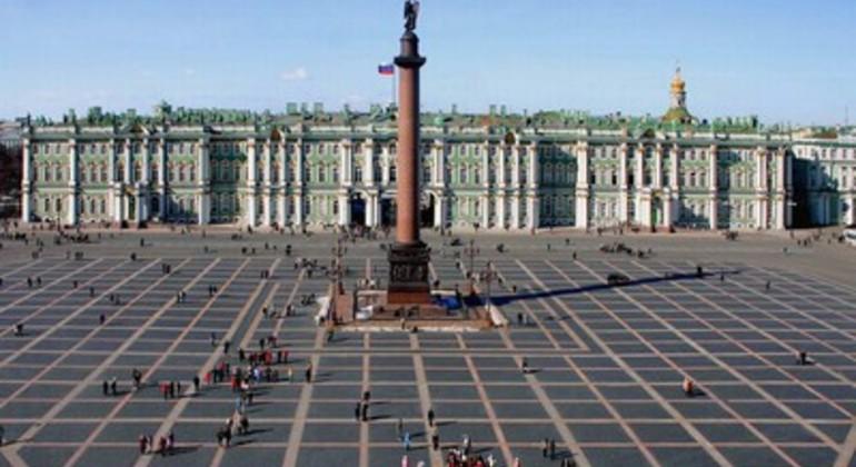 City Center of St Petersburg Free Walking Tour Provided by Evgeniya Andreeva