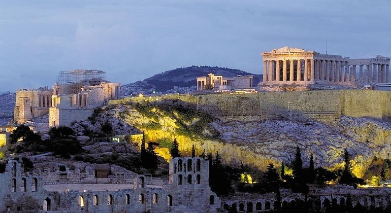 Sightseeing Athens Walking Tour Operado por Dernitzky Adolf