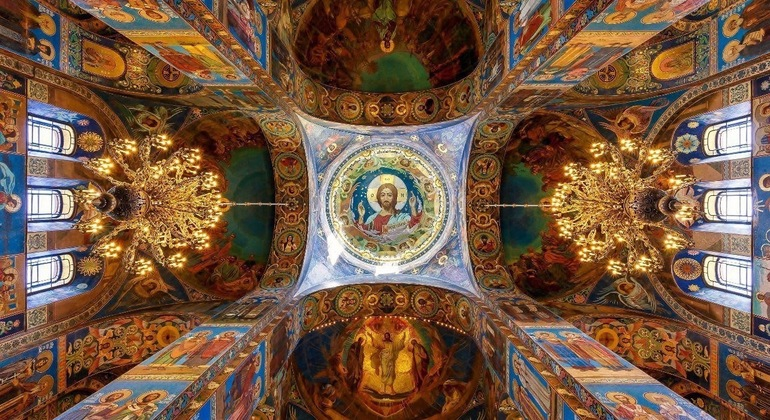 The Church of the Savior on Spilled Blood and St. Isaak Cathedral Provided by Tatiana Osipova