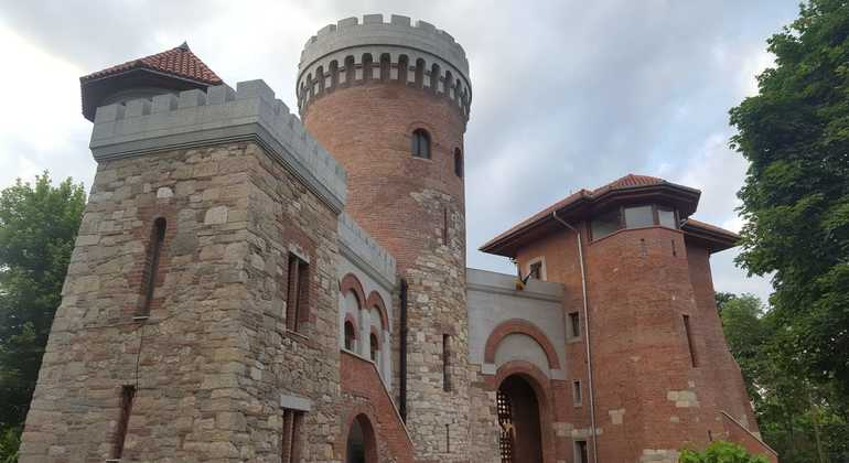 Daytime Vampire Chasing and Food Tour Provided by Unbelievable Bucharest Tours