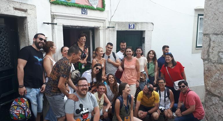 Lisboa Ancestral: Los Barrios Más Típicos y Genuinos Provided by TAKE LISBOA