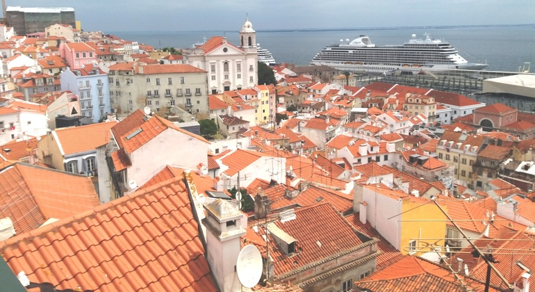 Free Tour of Lisbon: Essential History & Fun Facts - Free Tastings Portugal — #22